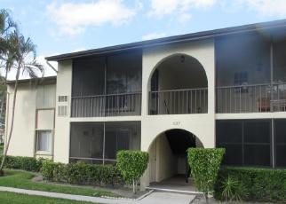 Casa en ejecución hipotecaria in Lake Worth, FL, 33463,  KNOTTY PINE CIR ID: F4392182