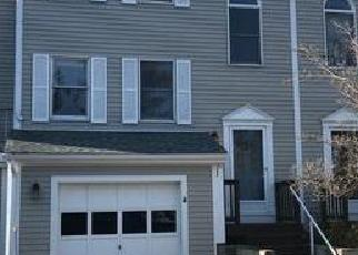 Foreclosed Home in HIGH MEADOW CT, Bristol, RI - 02809