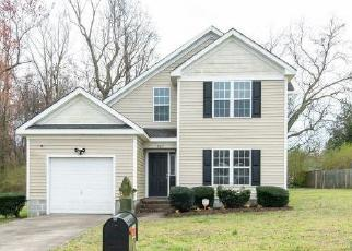 Foreclosed Home en DAVIS BLVD, Suffolk, VA - 23434