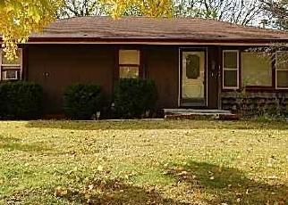 Casa en ejecución hipotecaria in Lathrop, MO, 64465,  RUSSELL ST ID: F4392820