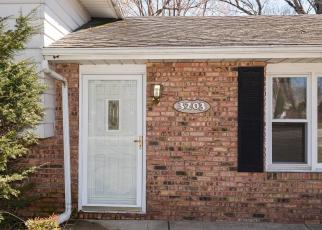 Foreclosed Home in GRAND VIEW AVE, Saint Joseph, MI - 49085