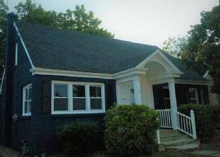 Foreclosed Home in WALTERS LN, Flemington, NJ - 08822