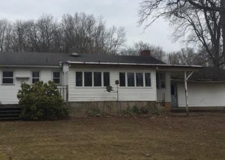 Foreclosed Home en MORGAN DR, Wallingford, CT - 06492
