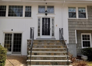 Foreclosed Home in BREEZY HILL RD, Stamford, CT - 06903