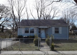 Foreclosed Home en MARION ST, District Heights, MD - 20747