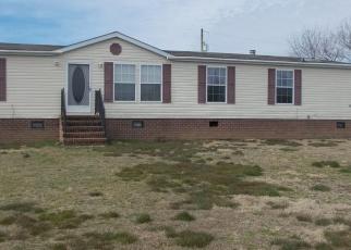 Foreclosed Home en NOMINI HALL RD, Hague, VA - 22469