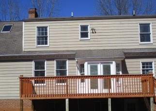 Foreclosed Home en FERNWOOD DR, Madison Heights, VA - 24572