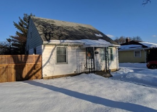 Foreclosed Home en N 72ND ST, Milwaukee, WI - 53216