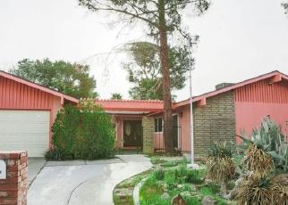 Foreclosed Home en N SIERRA VIEW ST, Ridgecrest, CA - 93555