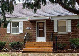 Foreclosed Home in EARL AVE, Joliet, IL - 60436