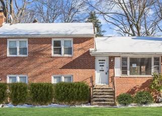 Foreclosed Home en BERRITT ST, Fairfax, VA - 22030