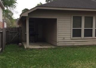 Foreclosed Home in OTTER CREEK TRL, Humble, TX - 77346