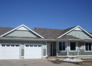 Foreclosed Home en W 65TH ST, Sioux Falls, SD - 57106