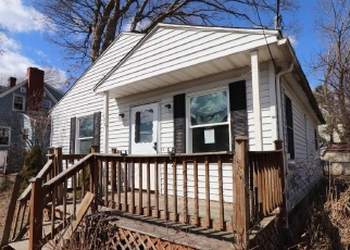 Foreclosed Home in HAWTHORNE AVE, Waterbury, CT - 06708