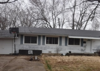 Foreclosed Home en MELODY LN, Neosho, MO - 64850