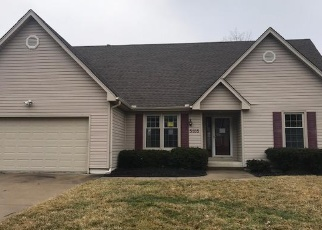 Foreclosed Home en S CEDAR CREST CT, Independence, MO - 64055