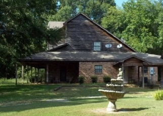 Foreclosed Home in WOODLANDS LN, Flora, MS - 39071