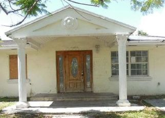 Foreclosed Home en SW 301ST ST, Homestead, FL - 33033