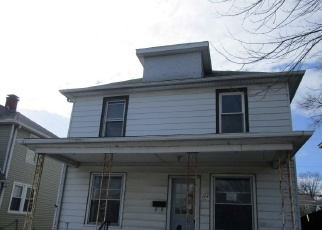 Foreclosed Home in 1ST AVE, Silvis, IL - 61282