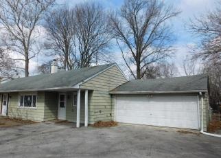 Foreclosed Home in W 55TH ST, La Grange, IL - 60525