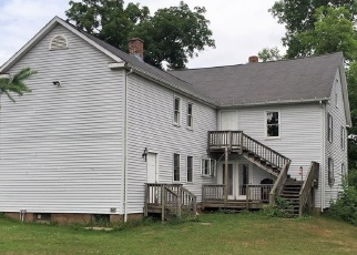 Foreclosed Home en NEW MARKER RD, South Windsor, CT - 06074
