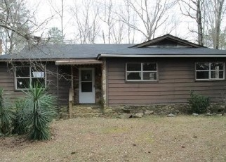 Foreclosed Home en CANDY TUFT LN, Waverly Hall, GA - 31831