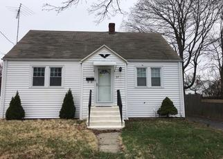 Foreclosed Home en WATKINS ST, Stratford, CT - 06615
