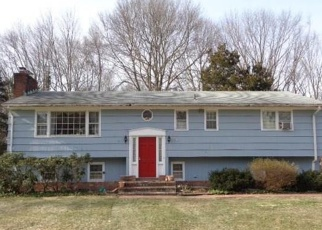Foreclosed Home in COLUMBINE LN, Norwalk, CT - 06851