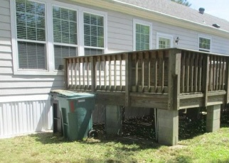 Foreclosed Home in OLD JEANERETTE RD, New Iberia, LA - 70563