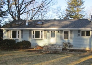 Foreclosed Home in PARADISE RD, Oak Ridge, NJ - 07438