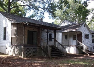 Foreclosed Home en EDWARDS RD, Taylors, SC - 29687