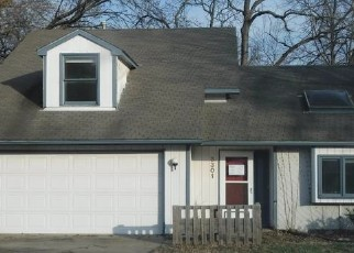 Foreclosed Home in CREEKWOOD DR, Lawrence, KS - 66049