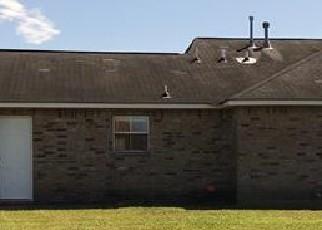 Foreclosed Home in SENECA DR, Darrow, LA - 70725
