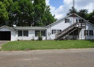 Foreclosed Home in IBERIA ST, New Iberia, LA - 70560