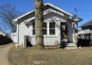 Foreclosed Home en CREST AVE, Jackson, MI - 49203