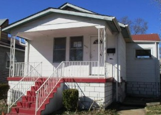 Foreclosed Home en OSCEOLA ST, Saint Louis, MO - 63116
