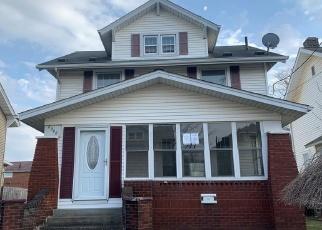 Casa en ejecución hipotecaria in Canton, OH, 44708,  9TH ST NW ID: F4394926