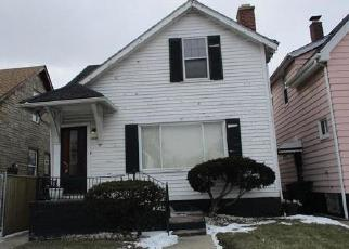 Foreclosed Home en CARDONI ST, Highland Park, MI - 48203