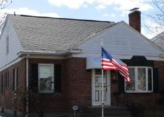 Foreclosed Home en SWARTSON CT, Albany, NY - 12209