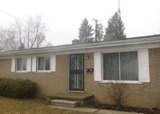 Foreclosed Home en OXLEY DR, Flint, MI - 48504