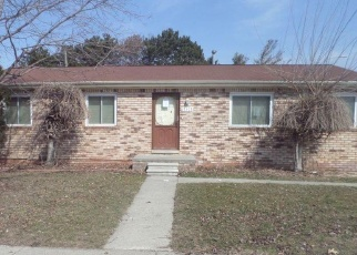 Foreclosed Home in MCGILL ST, Roseville, MI - 48066