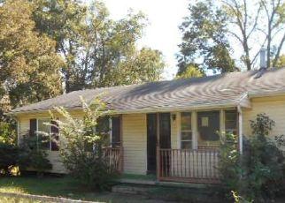 Foreclosed Home in LEAVELLS RD, Fredericksburg, VA - 22407