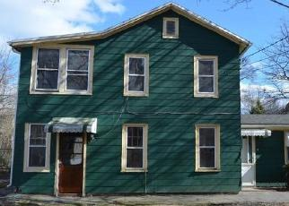 Foreclosed Home in HARDING AVE, West Haven, CT - 06516