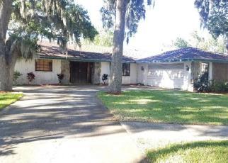 Foreclosed Home en S RIDGELANE CIR, Clearwater, FL - 33755