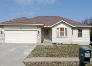 Foreclosed Home in SE GOLDEN AVE, Topeka, KS - 66605
