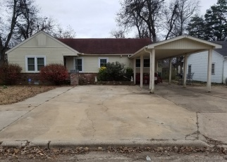 Foreclosed Home in E MAGNOLIA ST, Blytheville, AR - 72315