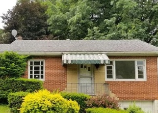 Foreclosed Home en MABLE DR, Elizabeth, PA - 15037