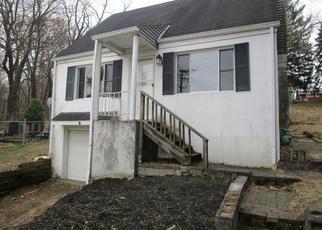 Foreclosed Home en HAMIL RD, Verona, PA - 15147
