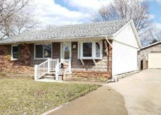 Foreclosed Home en N ROESSLER ST, Monroe, MI - 48162