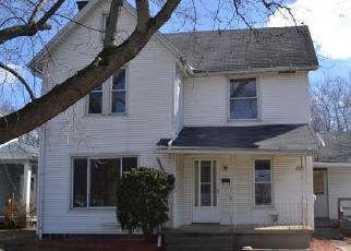 Foreclosed Home en YOUNG ST SE, Massillon, OH - 44646